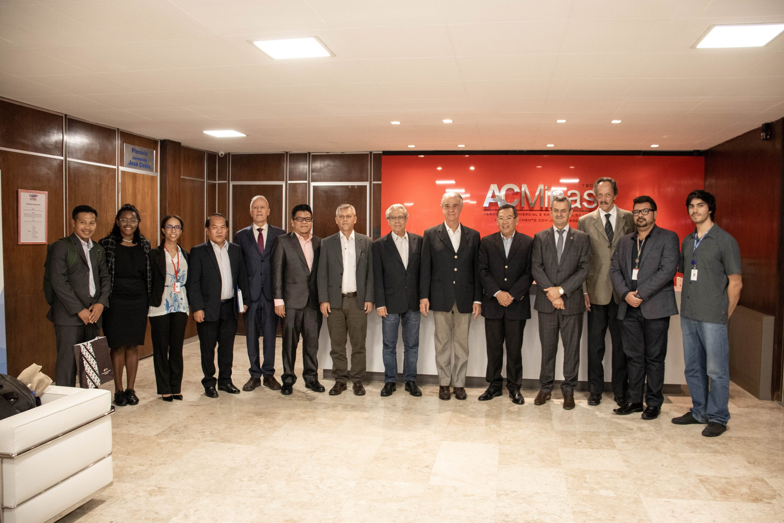Em visita à ACMinas, Embaixador indonésio destacou potencial do comércio com o Brasil