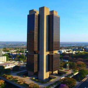 Banco Central eleva Selic em 1 ponto, para 6,25%, e sinaliza que repetirá aumento em outubro